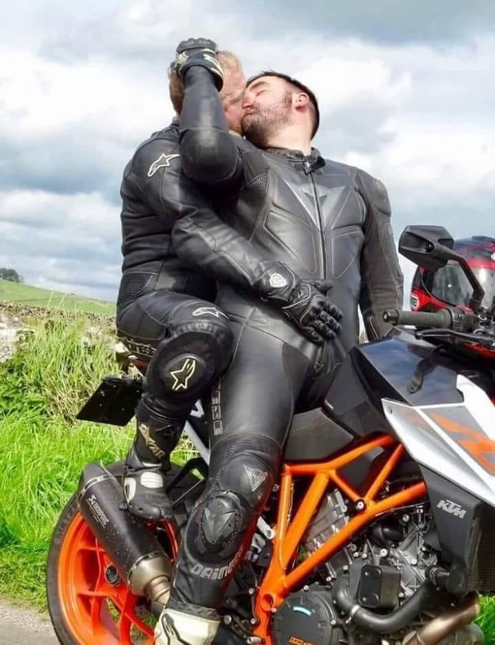 gay-motorcycle-rider-porn-nude