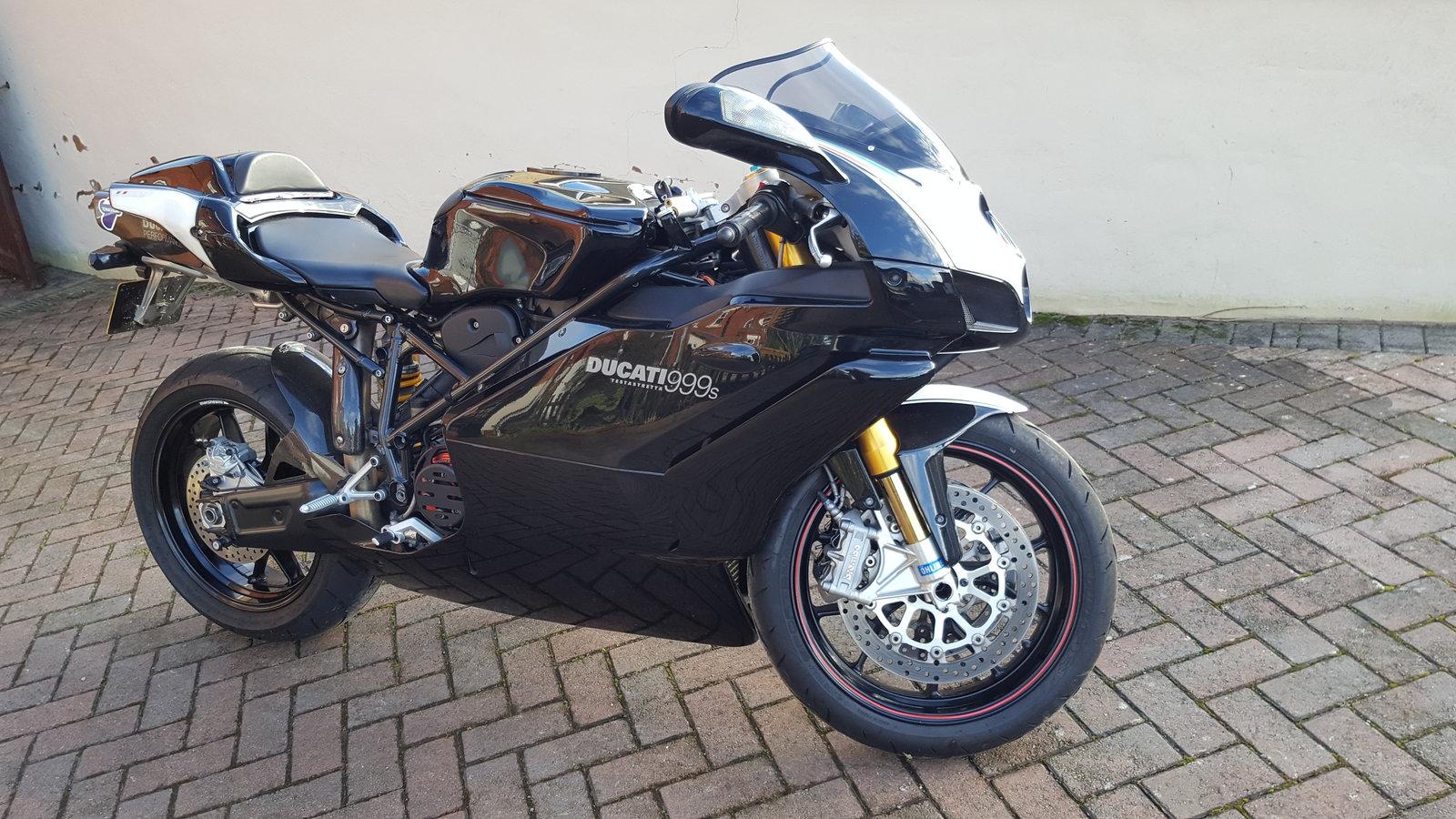 Ducati 2.jpg