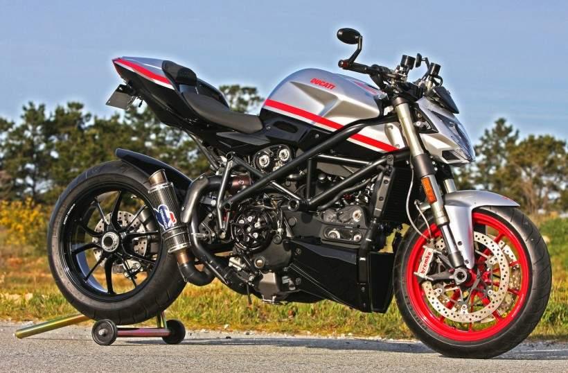 Ducati Streetfighter Corse.jpg