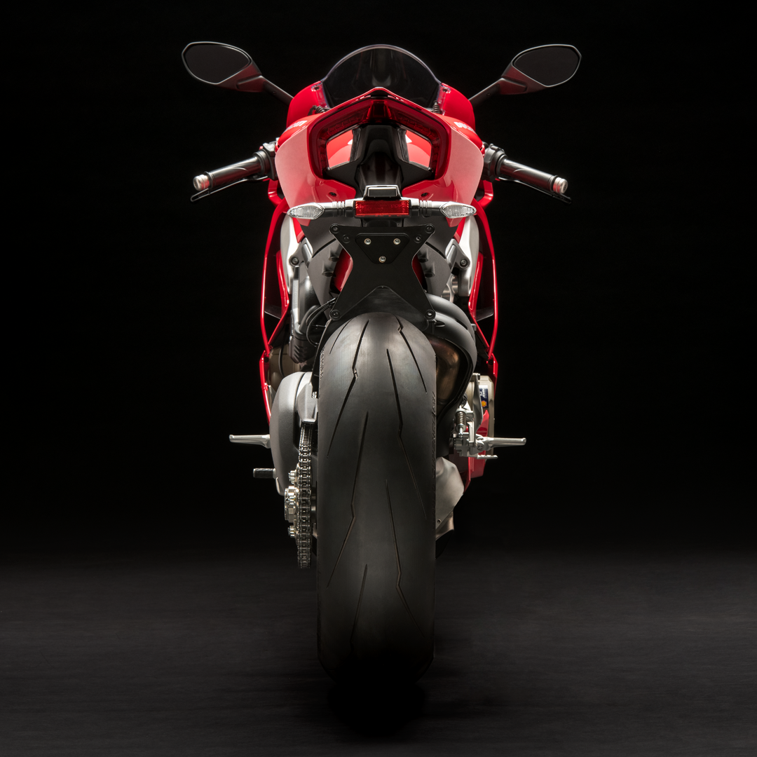 Panigale_V4_Red_8_Laterale.png