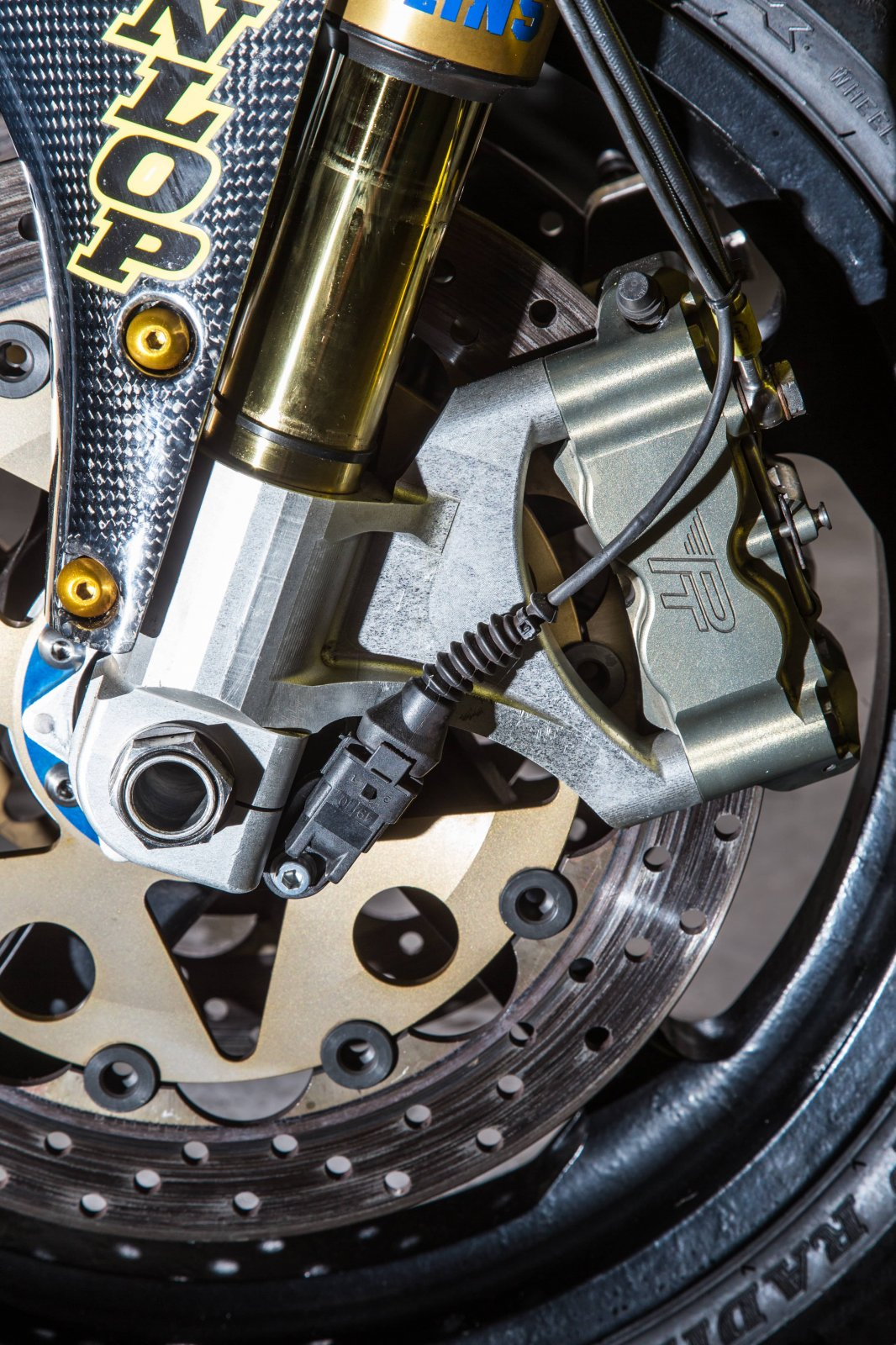 PB Ducati 748 Special-44-min.jpg