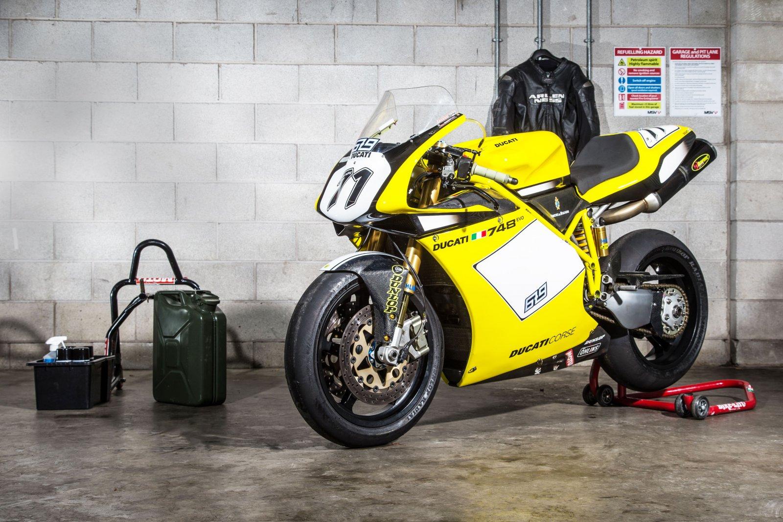 PB Ducati 748 Special-47-min.jpg
