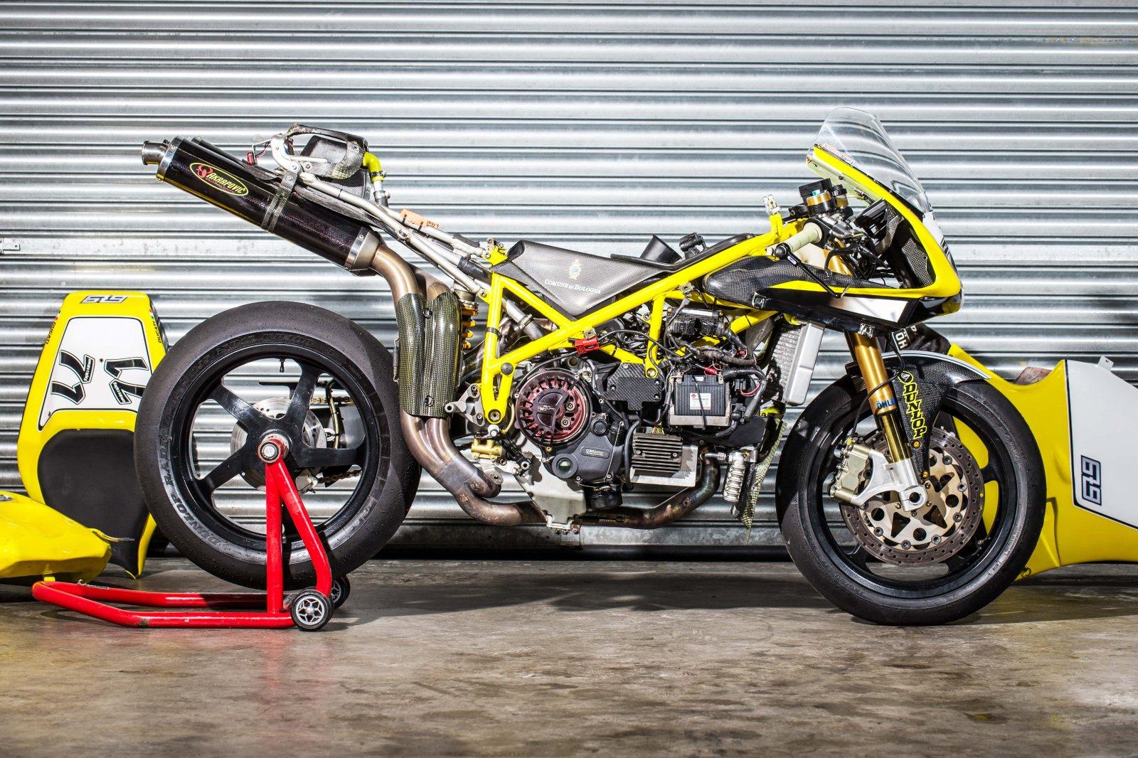 PB Ducati 748 Special-52-min.jpg