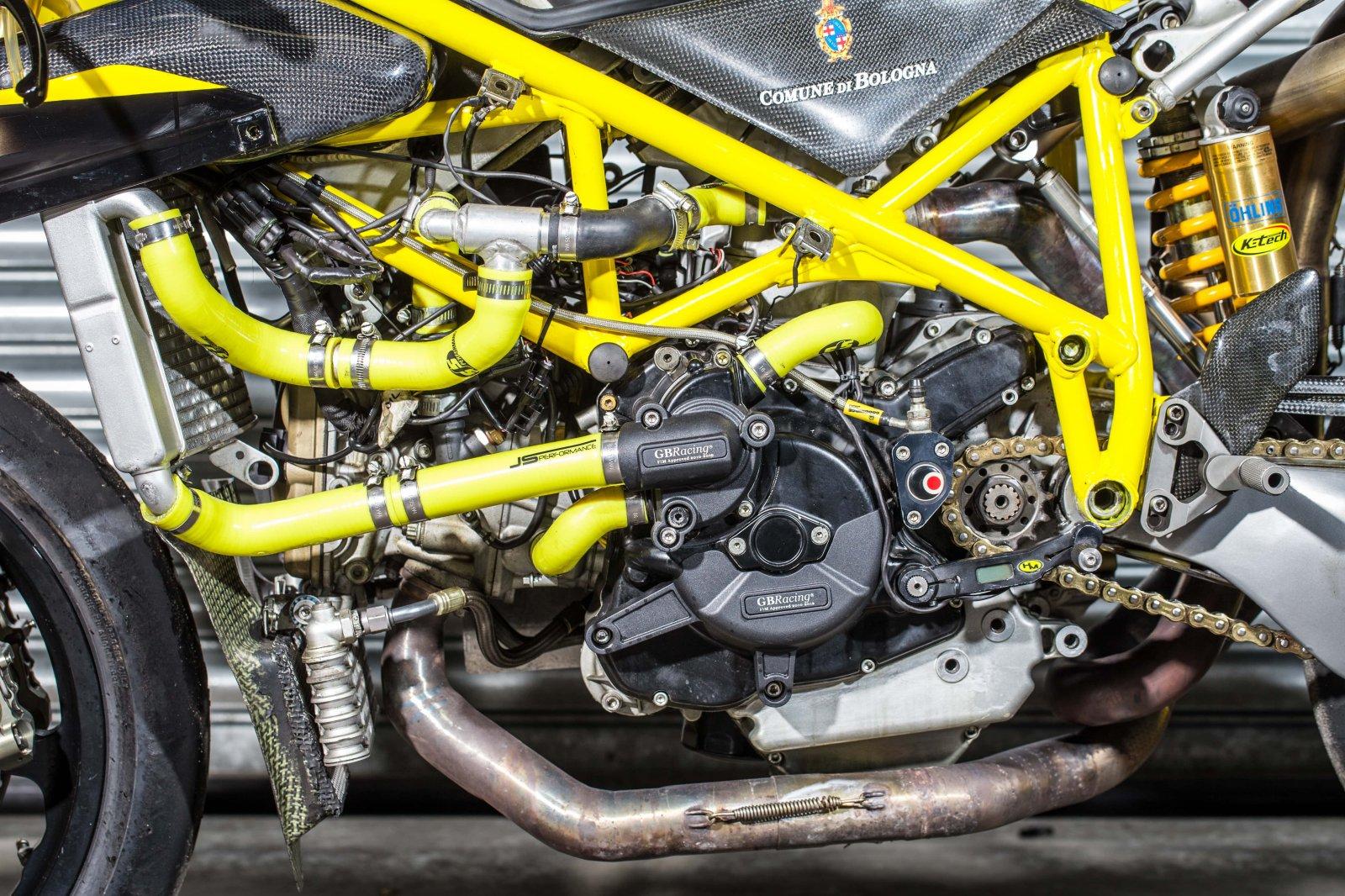 PB Ducati 748 Special-63-min.jpg