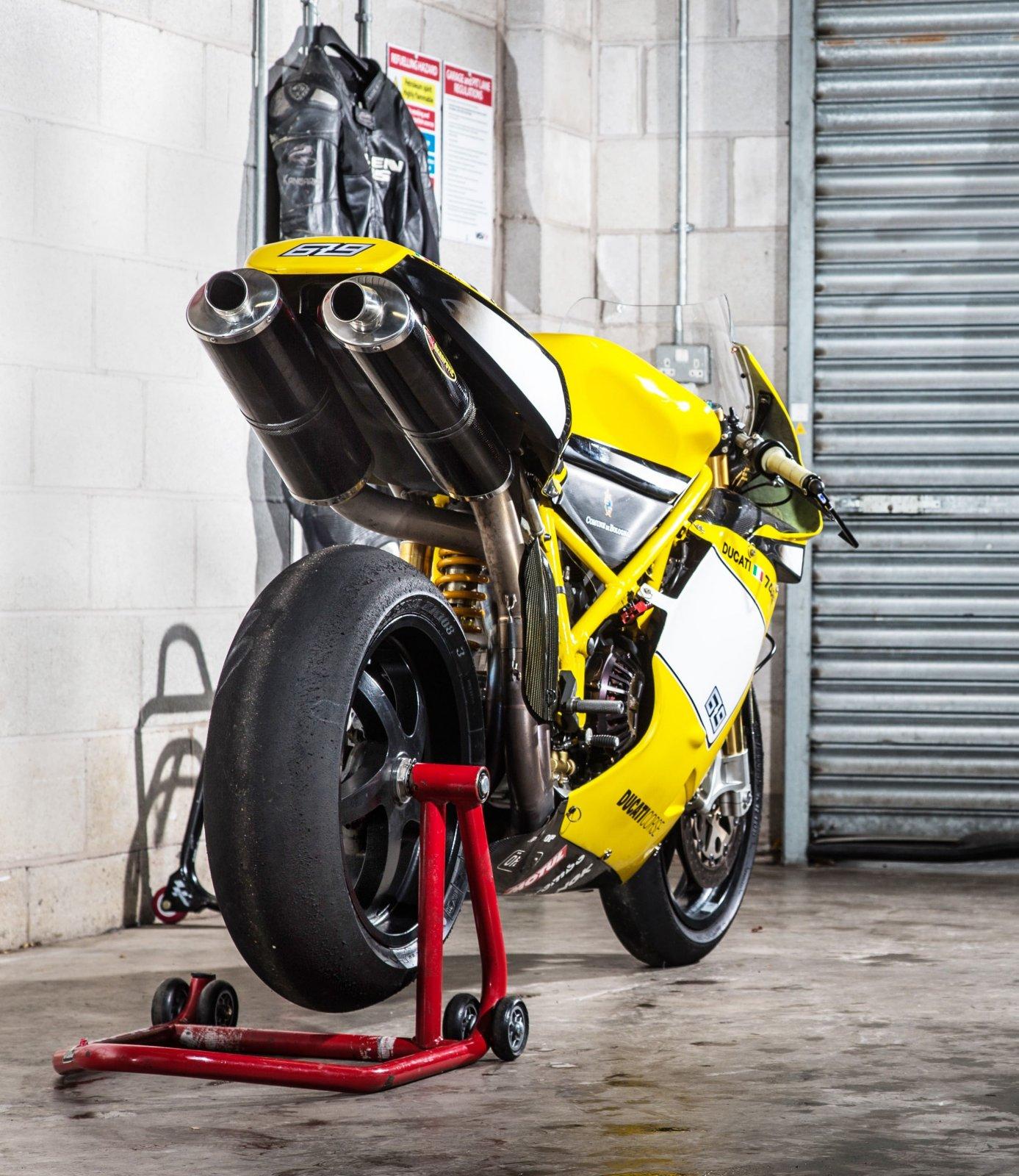 PB Ducati 748 Special-8 (2)-min.jpg