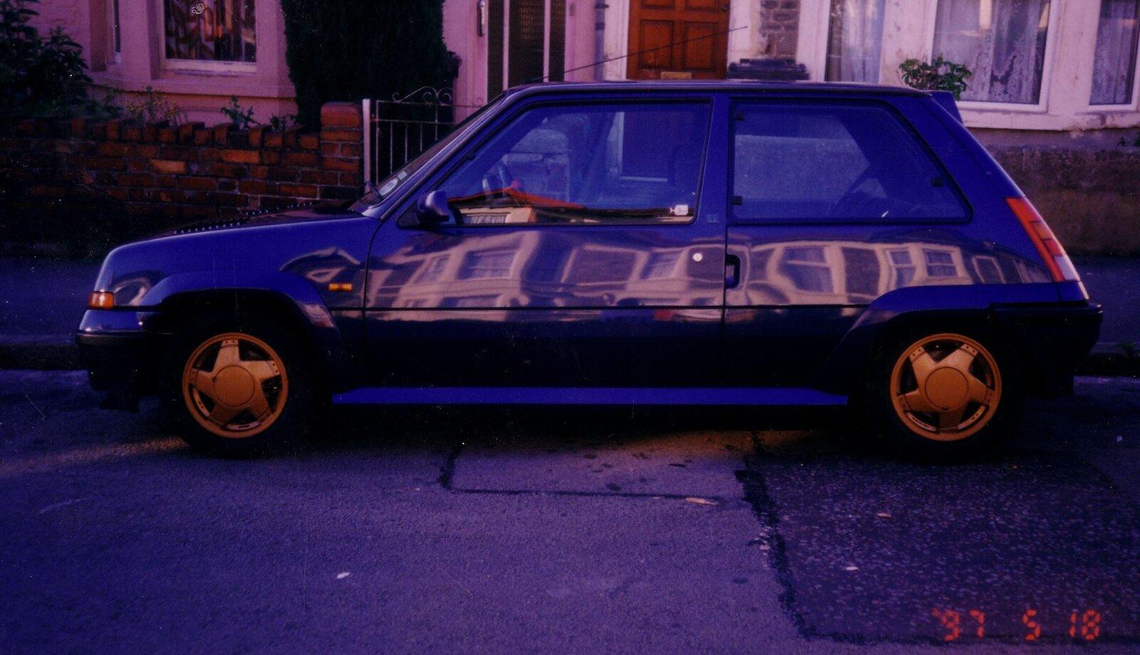 Renault 1.JPG
