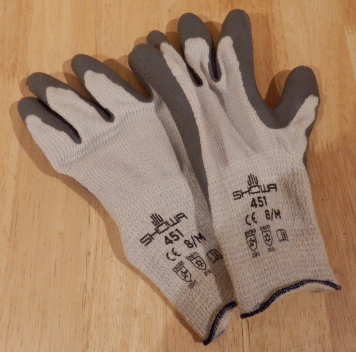 Showa Gloves 2.jpg