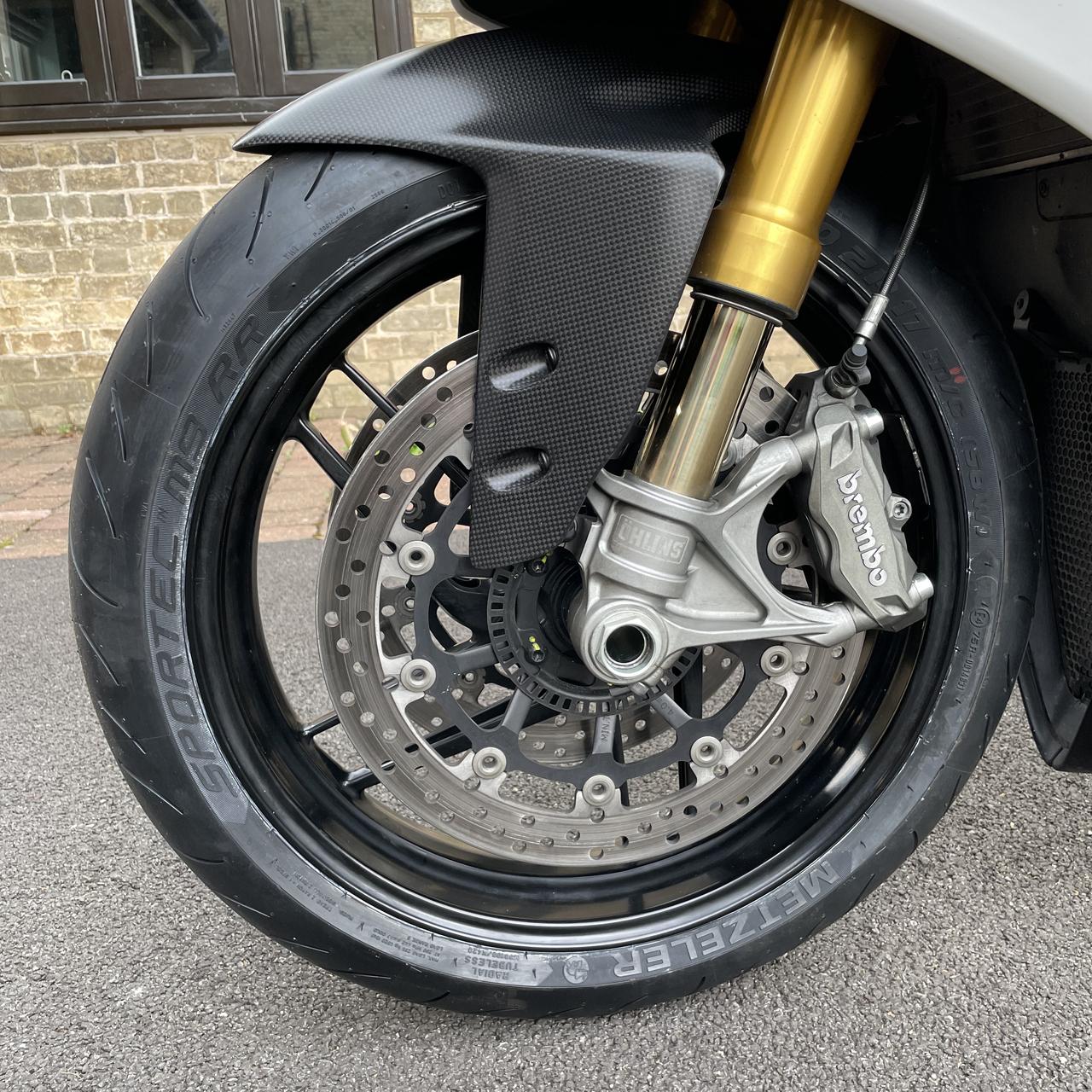 Front Wheel Left