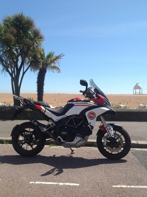 Multistrada 1200 lucky explorer