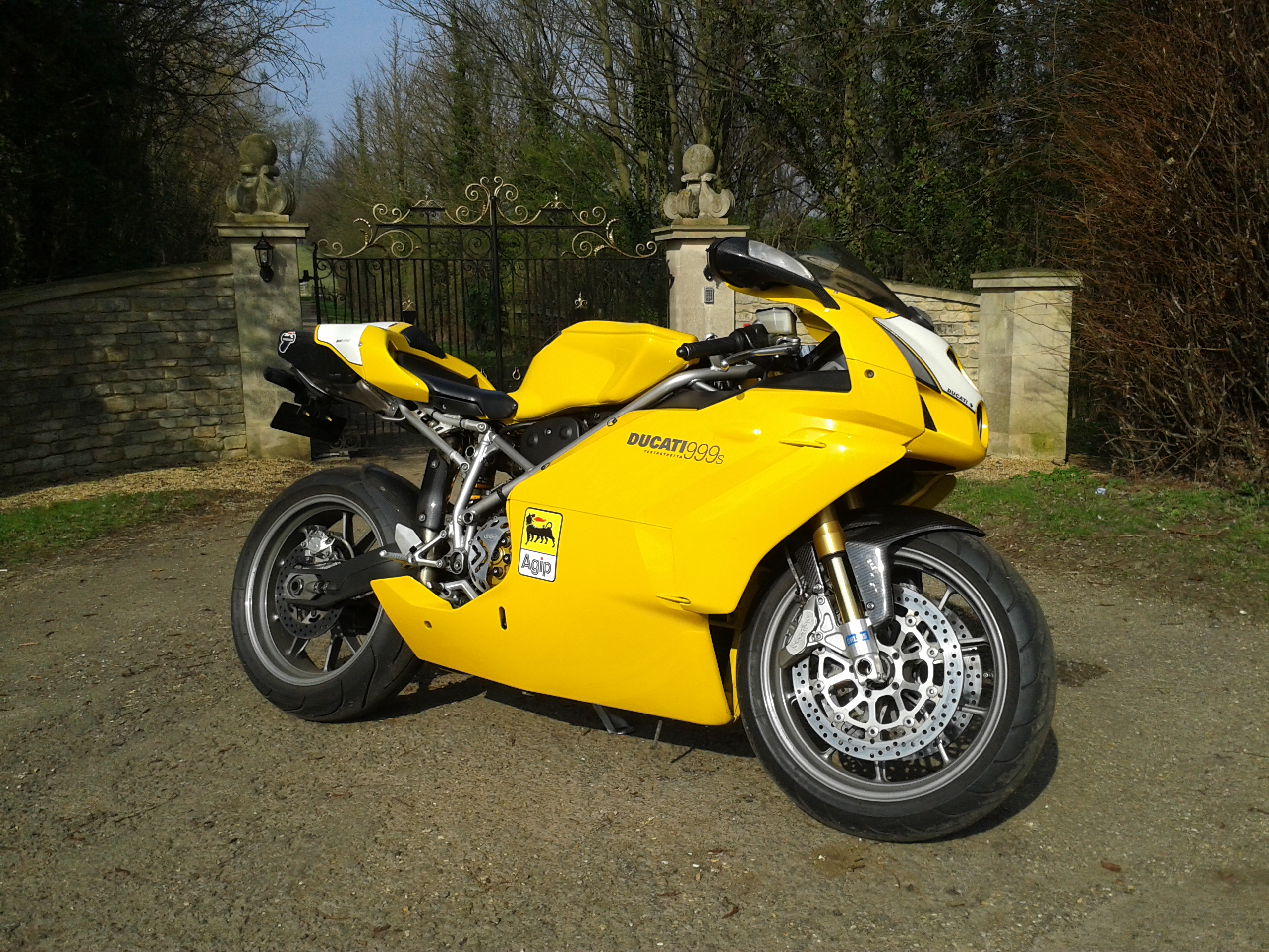 yellow 999S mono...and other exotica!
